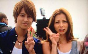 画像引用:https://i1.wp.com/xn--kckg0bxdl0n2b7g.com/wp-content/uploads/2015/04/karina-yamashitatomohisa.jpg